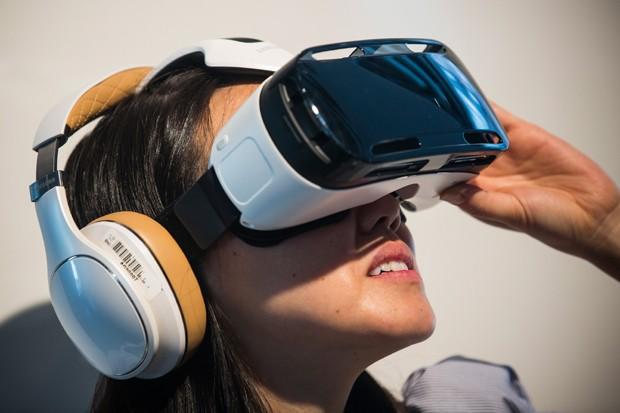 Tecnologias originalmente voltadas ao entretenimento, como jogos  eletrônicos, sensores de reconhecimento de gestos e óculos de realidade  virtual (RV), ... 313ec67b94
